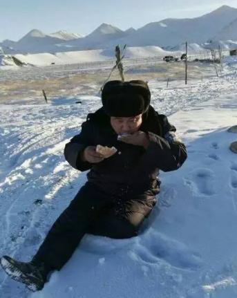 中国好小偷!只偷手机不偷娃图片