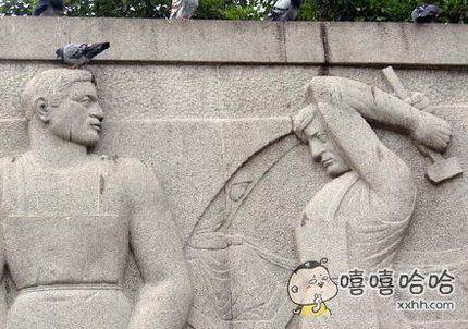 别动!你头上有个屌…哦不是…你头上有个鸟